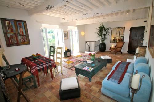 Guest App'Art : Apartment near Tourrettes-sur-Loup