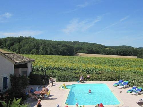 Grange Mandarre : Guest accommodation near Auradou