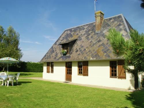 Maison De Vacances - Morainville-Jouveaux : Guest accommodation near La Noë-Poulain