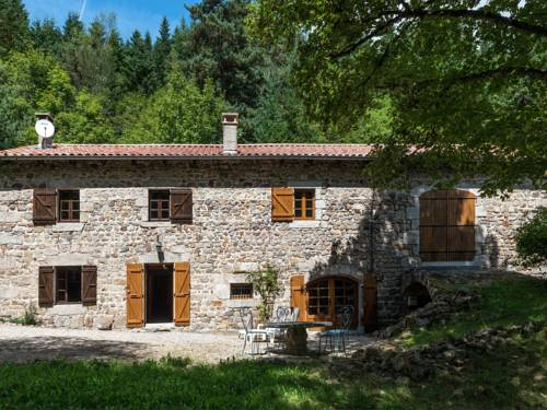 A Beautiful Stone farmhouse : Guest accommodation near Lafarre