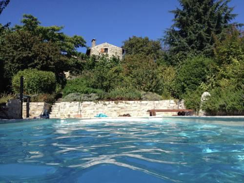 Maison De Vacances - Vesseaux : Guest accommodation near Saint-Laurent-sous-Coiron