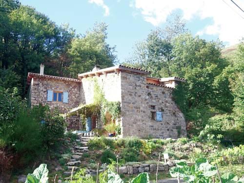 Maison De Vacances - Burzet 2 : Guest accommodation near Lachamp-Raphaël