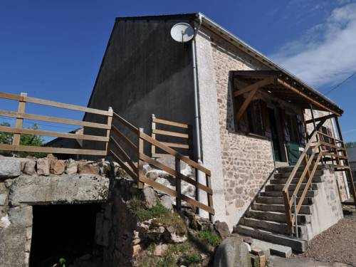 Riani : Guest accommodation near Arleuf