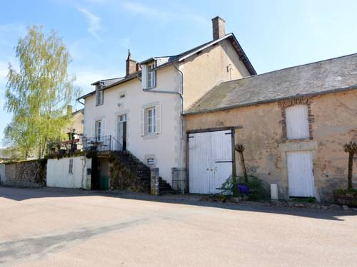 La Vieille : Guest accommodation near Alluy