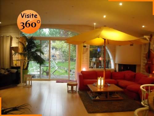 Le loft : Guest accommodation near Montluçon