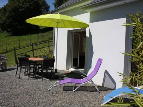 Les Vaux : Guest accommodation near Saint-Jean-du-Corail-des-Bois
