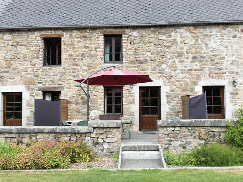 Le Risdoux Iv : Guest accommodation near Aubrives