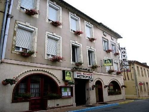 Logis Hôtel Restaurant Métropole : Hotel near Mirande