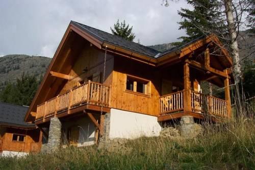 Chalet Chalet 3 : Guest accommodation near Allemond