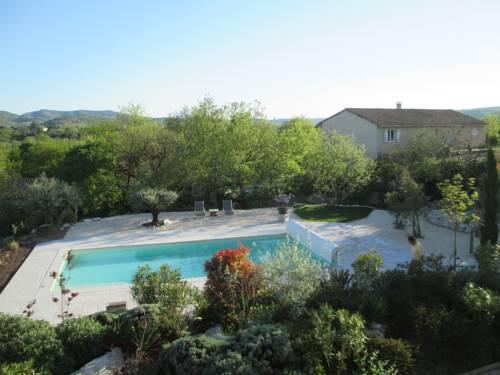 Gîte Le Mas de Molines : Guest accommodation near Rochecolombe