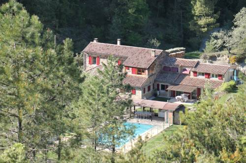 Le Mas du Mont-Long : Guest accommodation near Saint-Paul-le-Jeune