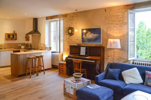 Gîte de charme proche de Lascaux : Guest accommodation near Aubas