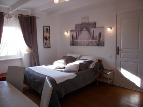Gite familial à Carentan : Guest accommodation near Carentan