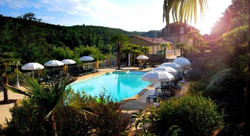 Les Magnolias : Bed and Breakfast near Lalinde