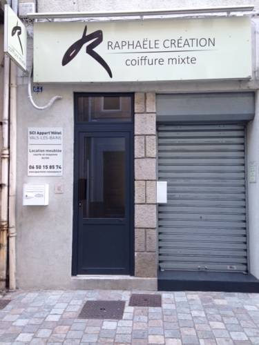 Appart'hôtel Vals les Bains : Guest accommodation near Asperjoc