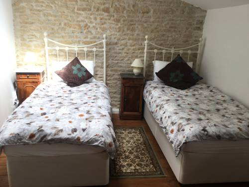 La Guingette : Guest accommodation near Romagne
