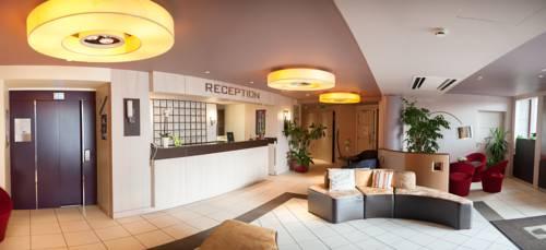 Hôtel-Restaurant Le Fruitier : Hotel near Saint-Jean-du-Corail-des-Bois