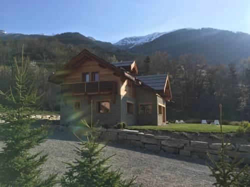Chalet Mélézin : Guest accommodation near Saint-Chaffrey