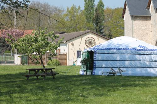 Les Yourtes Bourcominoises : Guest accommodation near Aizy-Jouy