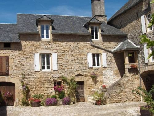 Le Clos du Barry : Bed and Breakfast near Saint-Laurent-de-Lévézou