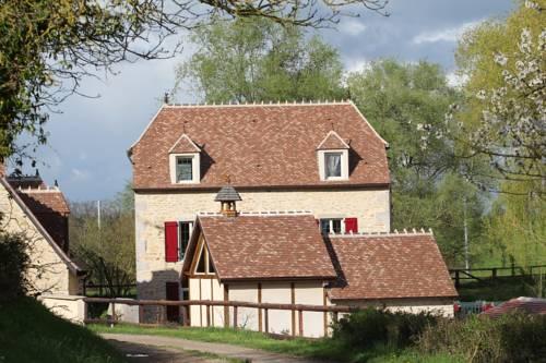 Moulin De Petoulle : Guest accommodation near Braize