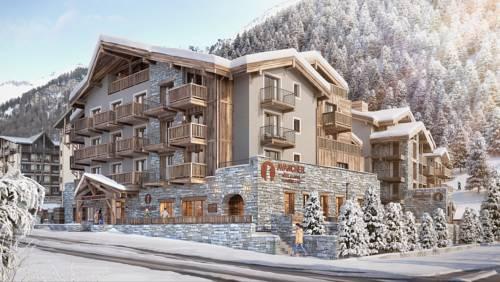 Hôtel Avancher : Hotel near Val-d'Isère