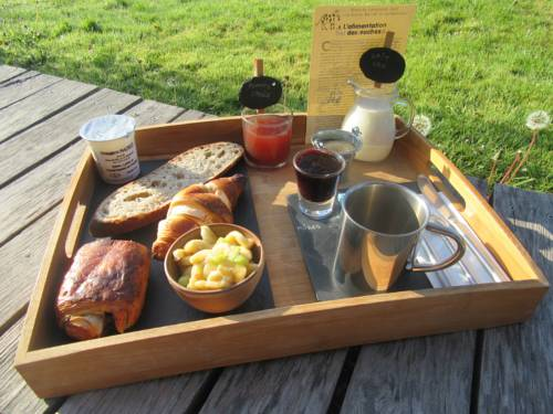 D'une Autre Nature : Bed and Breakfast near Dame-Marie-les-Bois