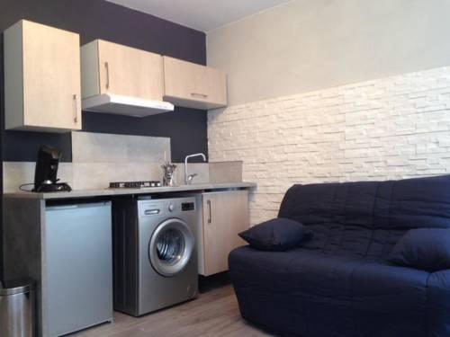 Appart'hôtel Vals les Bains : Apartment near Saint-Andéol-de-Vals