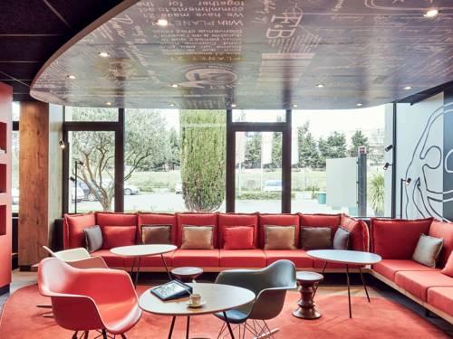 hotel le tholonet hotels near le tholonet 13100 france. Black Bedroom Furniture Sets. Home Design Ideas