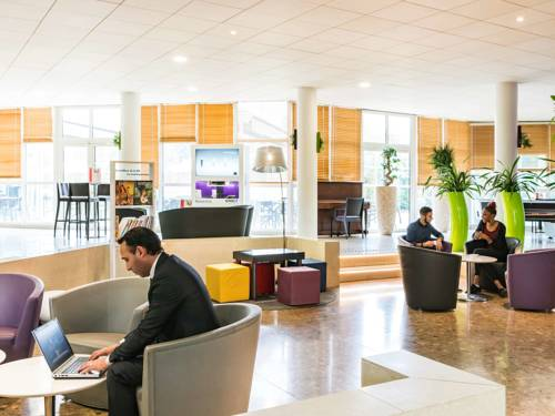 Novotel Senart Golf De Greenparc : Hotel near Évry