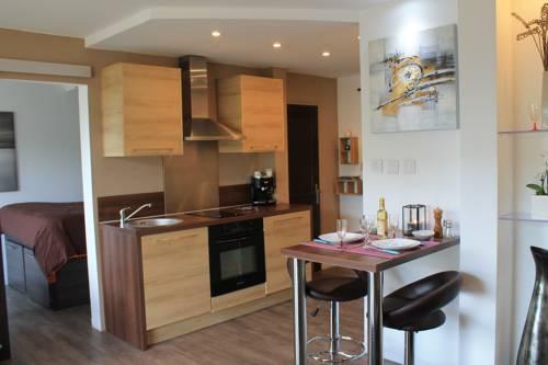 Residence Azur Saint Roch : Apartment near Saint-André-de-la-Roche