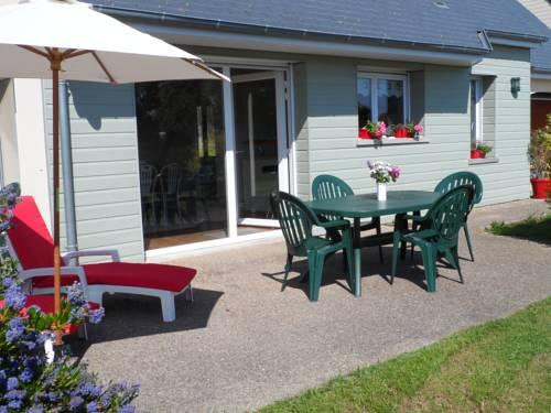 jade : Guest accommodation near Saint-Pierre-d'Arthéglise