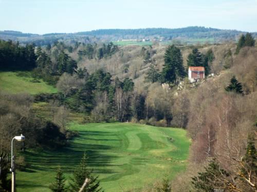 Villa les Roches : Bed and Breakfast near Saint-Alban-en-Montagne