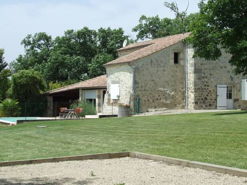 Gite de Micouleau : Guest accommodation near Andiran