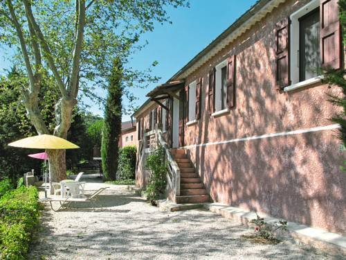 Les Hauts Bronzets 310S : Guest accommodation near Saint-Julien-d'Asse
