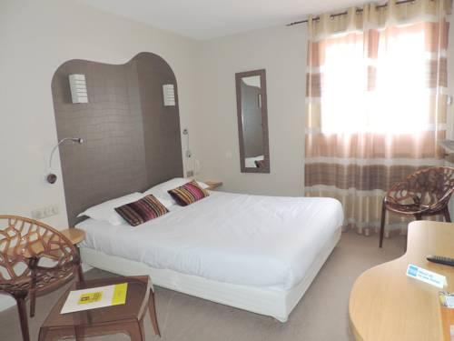Logis Auv'hôtel : Hotel near Cantal