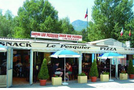 Camping Le Pesquier : Guest accommodation near Barrême