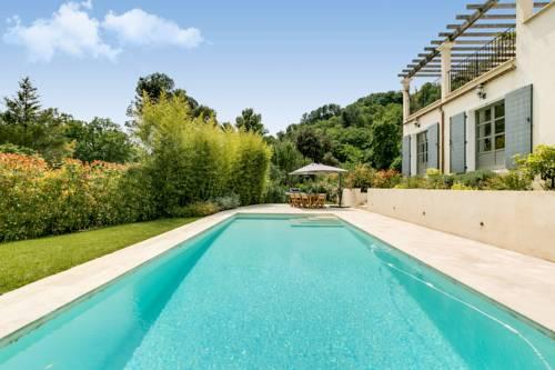 Villa with Swimming Pool : Guest accommodation near Saint-Paul