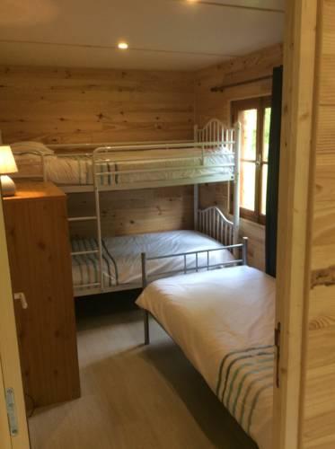 La Ferme du Lac : Guest accommodation near Abjat-sur-Bandiat