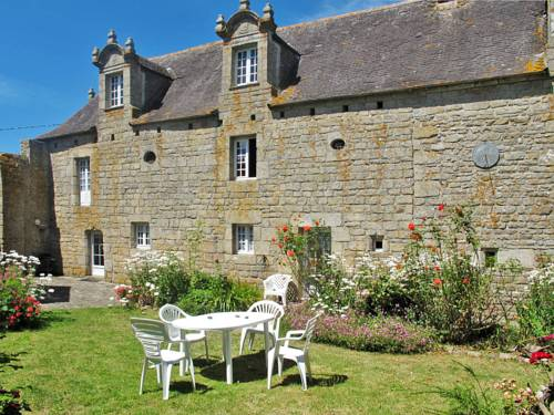 Domaine de Pen-Am-Prat (111) : Guest accommodation near Pont-l'Abbé