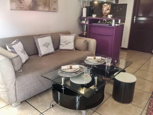 Apartment 8eme Avenue : Apartment near Vaujours
