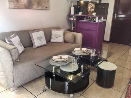 Apartment 8eme Avenue : Apartment near Tremblay-en-France