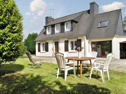 Holiday Home Allée des Châtaigniers : Guest accommodation near Pont-l'Abbé