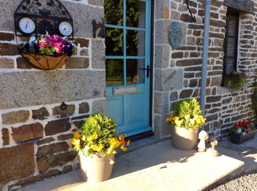 Maison May Luxury B&B : Bed and Breakfast near Isigny-le-Buat