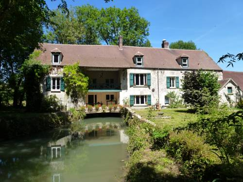 Le Moulin De Saint Augustin : Bed and Breakfast near La Celle-sur-Morin