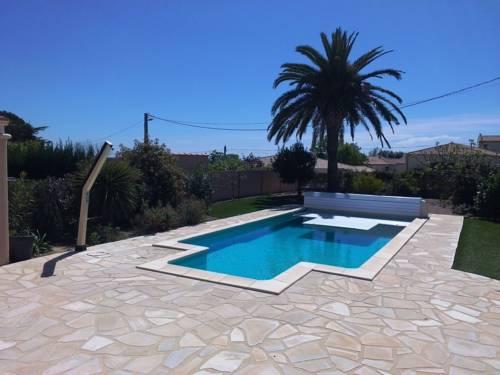 Villa Rue de l'Egalite : Guest accommodation near Autignac