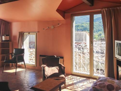Apartment Rue du Couvent : Apartment near Castellet-lès-Sausses