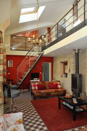 The Secret Gem and The Hidden Gem : Guest accommodation near Antoigné