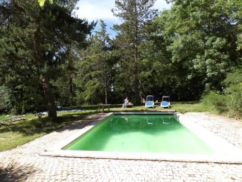 Maison de vacances Les Pins : Guest accommodation near Auradé