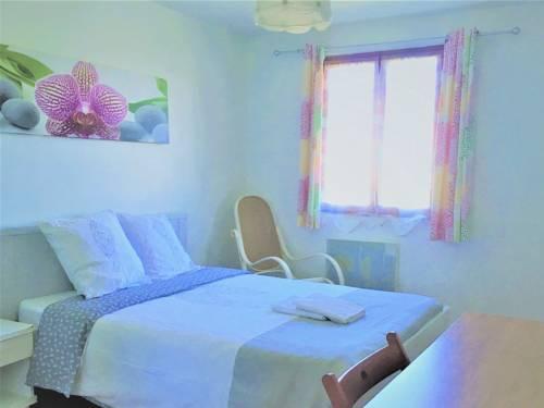 Maison Chez Tevy : Guest accommodation near La Queue-en-Brie